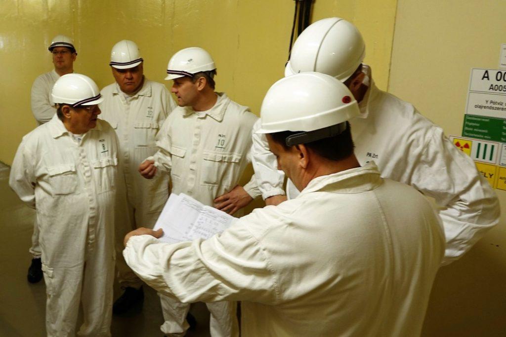 A TEIT vezetői és ellenőrző bizottságának tagjai. Fotó: Vida Tünde