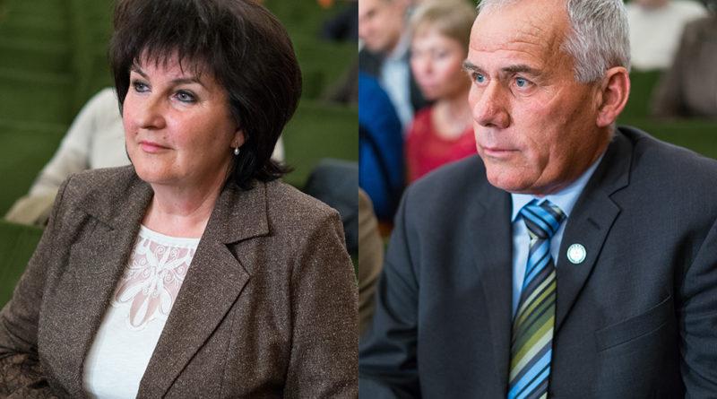 Jantnerné Oláh Ilona és Karszt József. Fotó: Babai István/Paksi Polgármesteri Hivatal