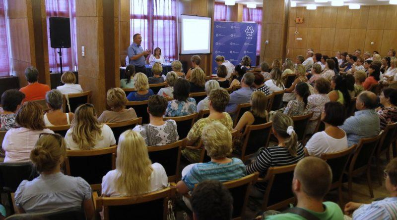 Az oktatás területén várható változásokról volt szó a fórumon. Fotó: Molnár Gyula/Paksi Hírnök