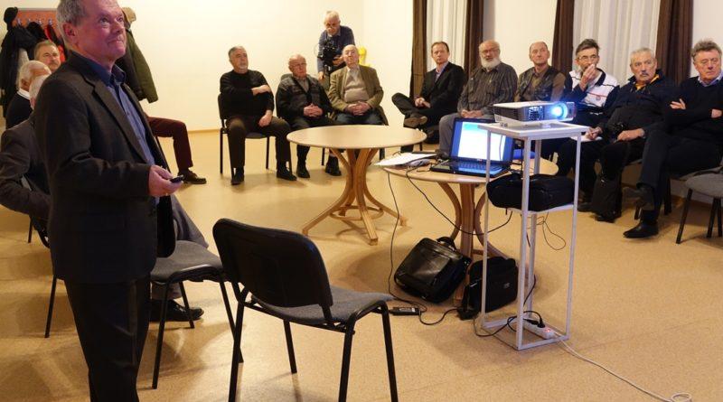 Racskó Imre előadása. Fotó: Vida Tünde