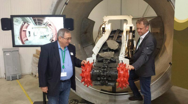 Dr. Bálint József elnök és Gáncs István társelnök képviselte a TEIT-et Belgiumban. Fotó: TEIT