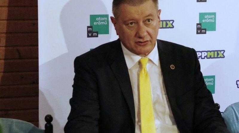 Szrecsko Szekulovics, az ASE új vezetőedzője. Fotó: Molnár Gyula/Paksi Hírnök