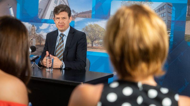 Dr. Aszdódi Attila adott tájékoztatást a projekt előrehaladásáról. Fotó: Vida Tünde