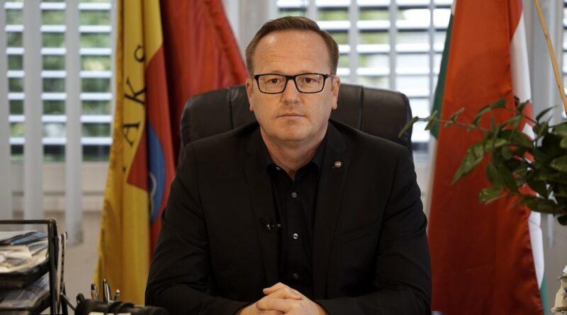 Szabó Péter, Paks polgármestere. Fotó: Szaffenauer Ferenc