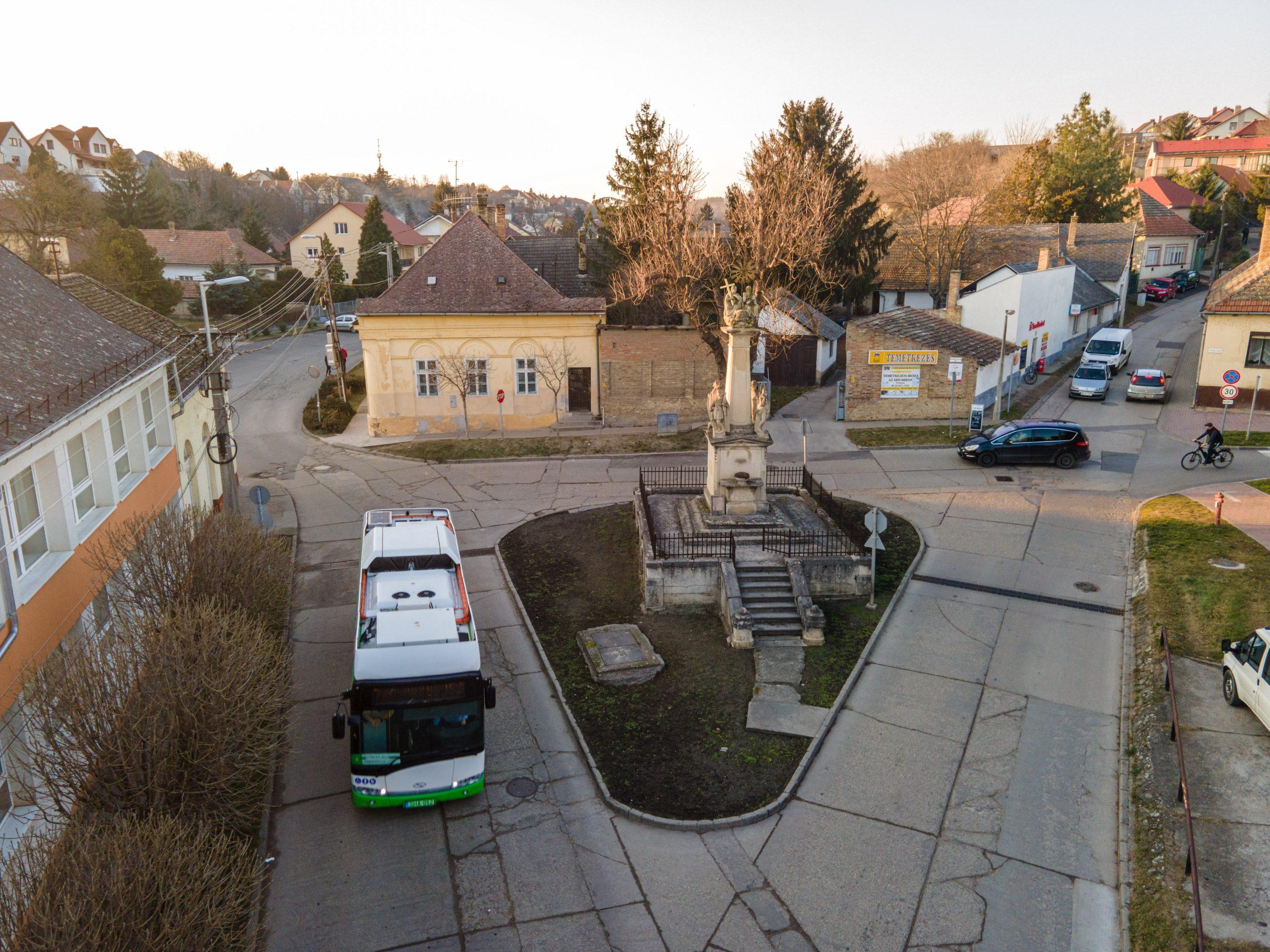 A Szentháromság tér, a felújítás kezdete előtt. Fotó: Szép Zsóka/TelePaks