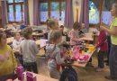 Megemlékezés és gólya avató a Deák iskolában